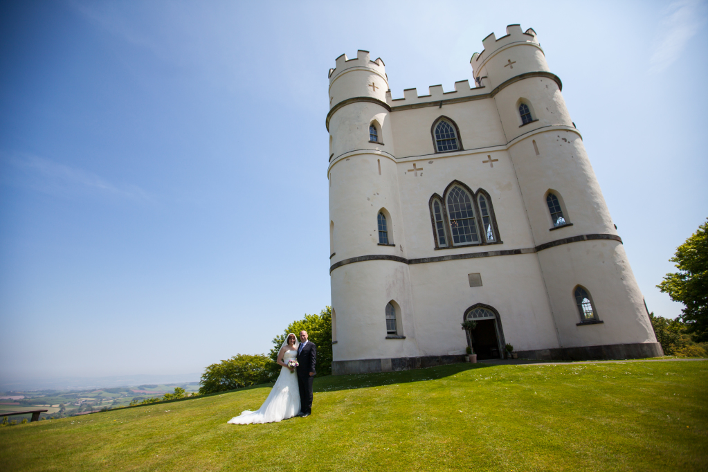Wedding locations in Bristol are beautiful and this castle is no exception. Take a look at my portfolio for some beautiful wedding photos at stunning venues in Bristol.