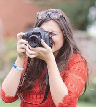 Becky Lloyd is a wedding photographers Bristol, Somerset